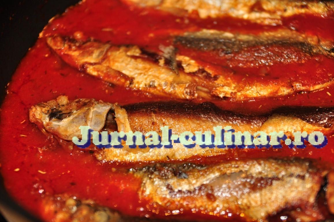 Sardine in sos de rosii
