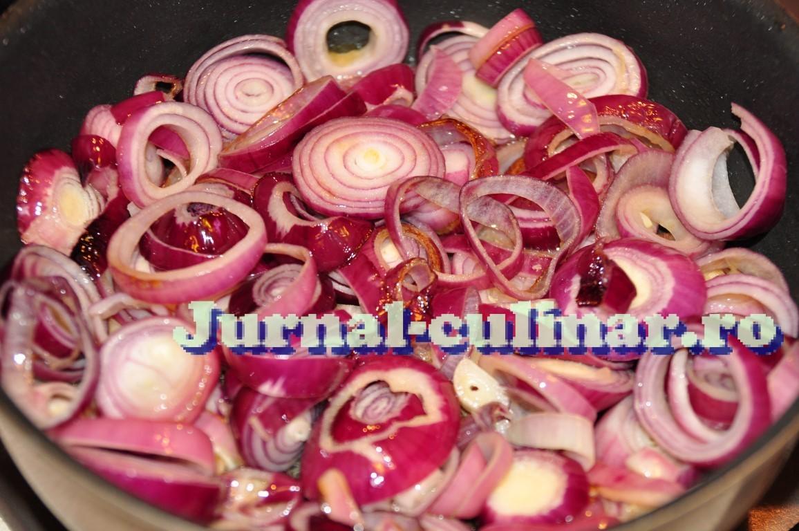 Ceapa rosie caramelizata